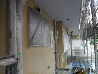調布市G.Sマンション外壁塗装工事/上塗り作業