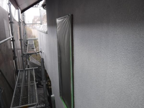 調布市O様邸より外壁・屋根下塗り作業