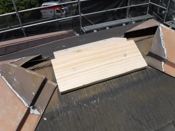 東久留米市G様邸/屋根下地処理・棟板金下木交換工事