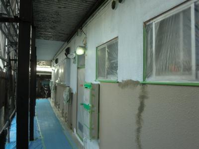 調布市Rアパート/外壁下塗り