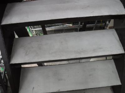 調布市Rアパート/鉄骨階段塗装・踏面モルタル打設