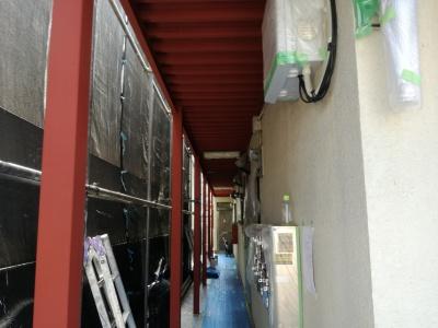 調布市Hハイツ鉄部塗装工事/さび止め塗装作業