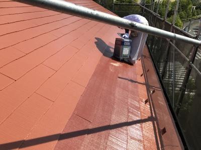 稲城市T様邸外壁塗装工事/屋根上塗り