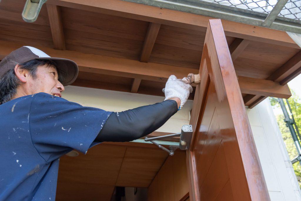 〜木部の塗装方法と木部用の塗料(キシラデコール・ガードラック)〜